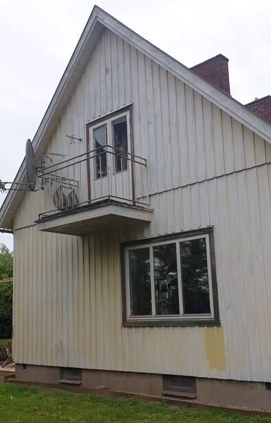Bild för uppdrag: Fasadmålning av ett hus i Bjuv, inom 3 månader