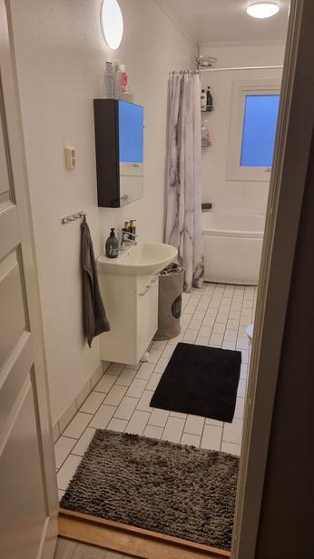 Bild för uppdrag: Renovering av badrum på 6 kvm i Mark